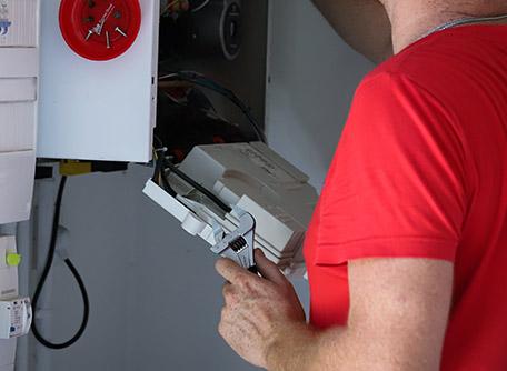 SMT Energies vous propose un contrat d'entretien pour votre chaudière gaz